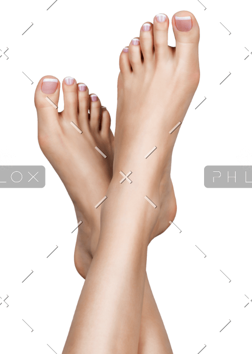 demo-attachment-81-female-feet-with-white-french-pedicure-on-nails-PPHSX6U